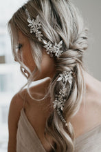 Load image into Gallery viewer, Bridal Headpiece