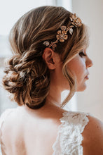 Load image into Gallery viewer, Gold Flower Bridal Headband