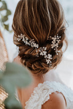 Load image into Gallery viewer, Bridal Hair Piece