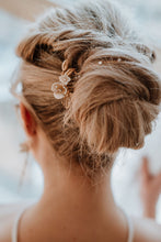 Load image into Gallery viewer, Gold Bridal Hair Chain