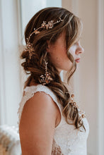 Load image into Gallery viewer, Gold Bridal Hair Vine