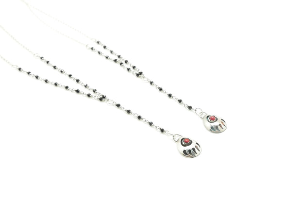 Coral and Onyx Bear Paw Lariat