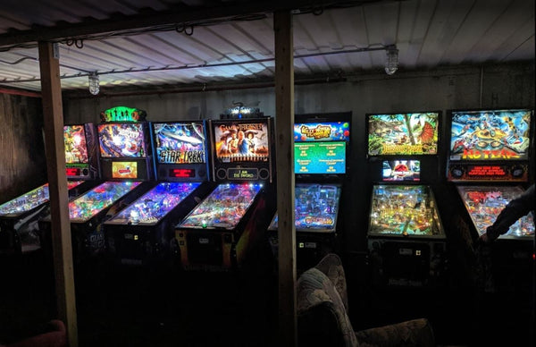Moon Dog World Pinball Machines