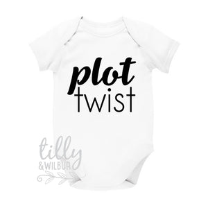 Plot Twist Pregnancy Announcement Baby Bodysuit, Baby Arriving, Announcement Romper, Reveal Outfit, Baby On The Way, We're Pregnant