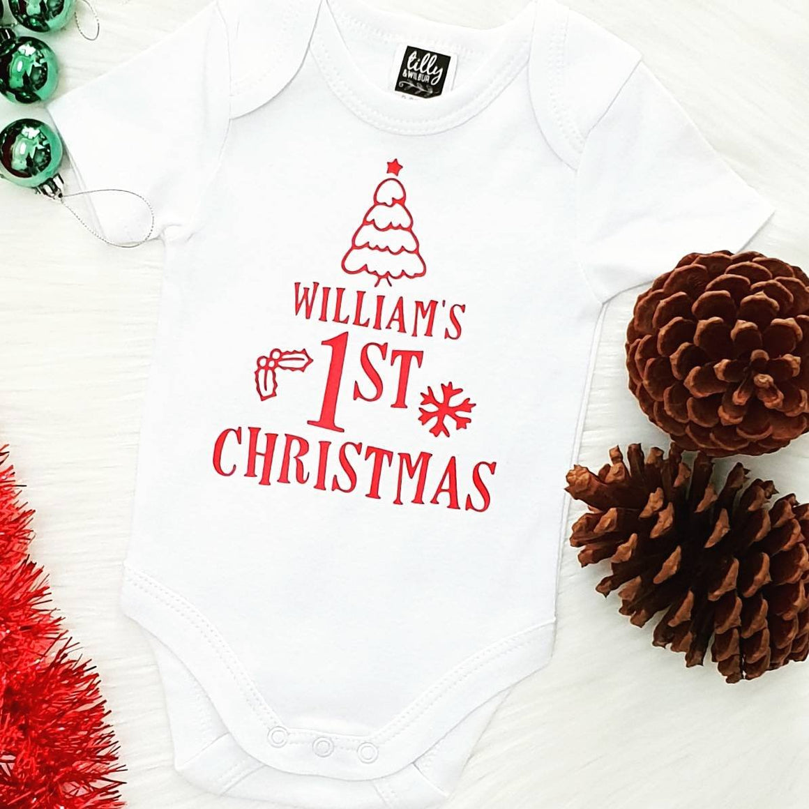 Personalised First Christmas, 1st Christmas Baby Outfit, First Xmas Baby Bodysuit, Unisex Christmas Baby Gift, Newborn Baby First Christmas