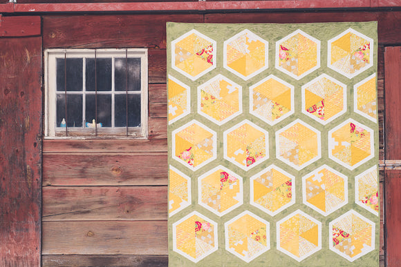 Triangle Hexies Quilt Kit
