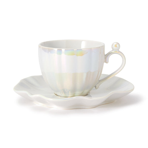OPAL SHELL CUP & SAUCER WH