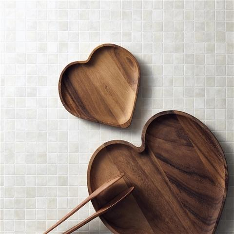 WOODEN HEART PLATE S Dark Brown