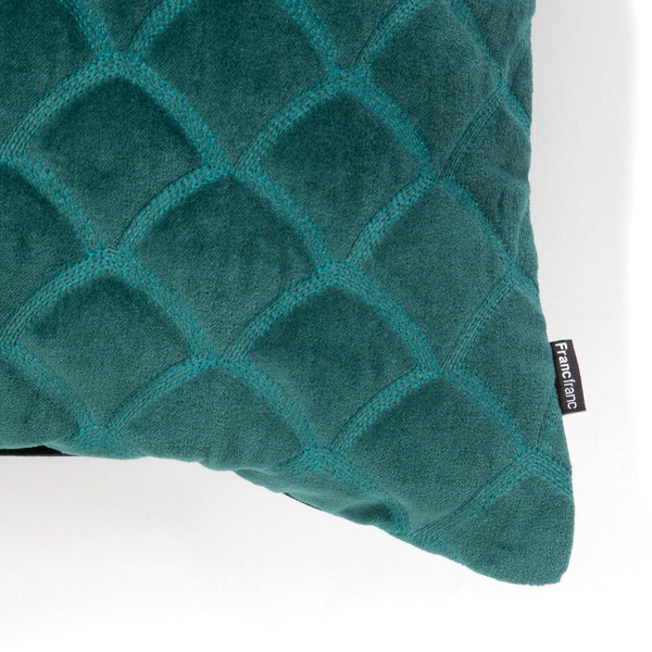 VELVET SCALE CUSHION COVER 45 DGR