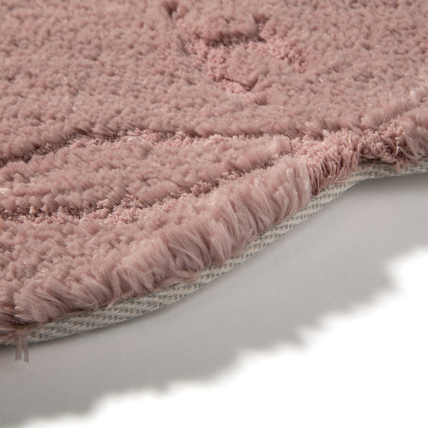 FLARIA RUG 150 Pink (W1500 × D1500)