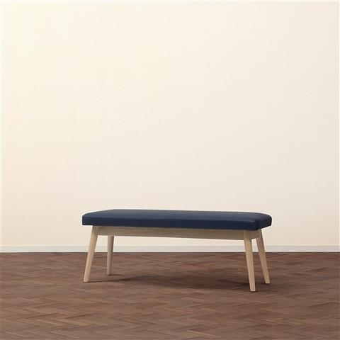 PIONI Bench Navy x Natural (W1150 × D380 × H440)