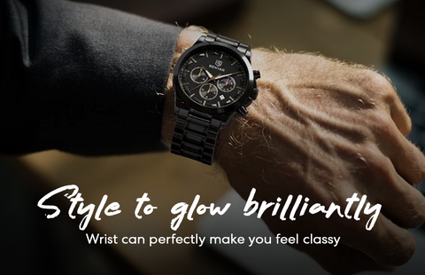 Black stainless steel watch on the wrist to make you look classy