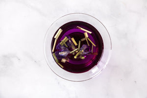 hibiscus tea. Ice tea. ice brew tea. herbal tea. butterfly pea flower.