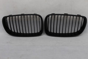 07-13 BMW E82 E87 E88 1 - Series Grills - Matte Black