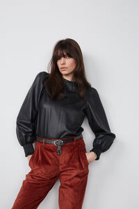 Set Fashion - Leather Blouse