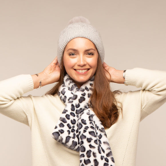 Tilley & Grace - Bella Faux Fur Bobble Hat - Silver Grey