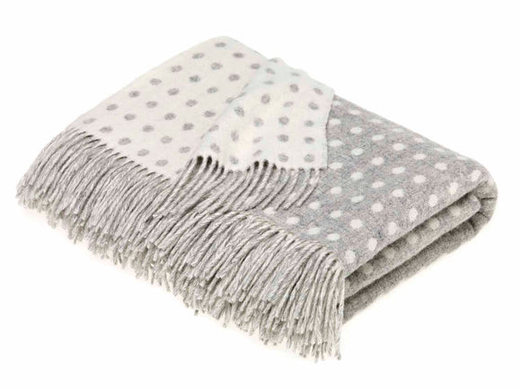 Bronte by Moon - Merino Lambswool Throw in Grey Spot