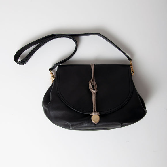 Nooki - Belvedere Leather Shoulder Bag in Black