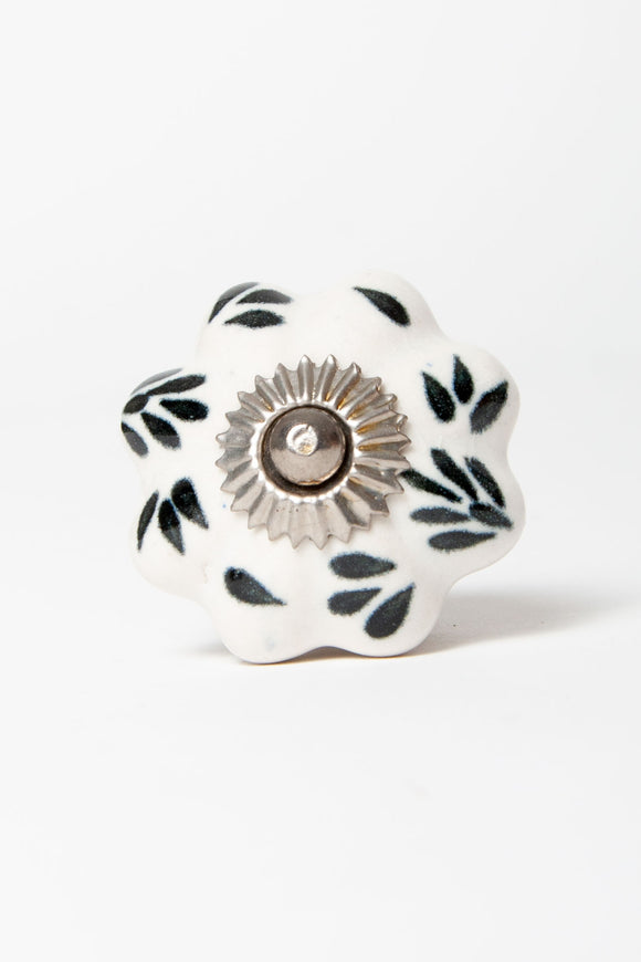 Annabelle - Black and White Pattern Knob