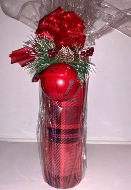 Wine Gift Basket with Ornament