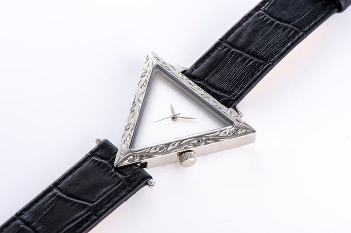 【NEW YEAR SALE 30%OFF】Maxi × ALIVE Collaboration Watch Silver