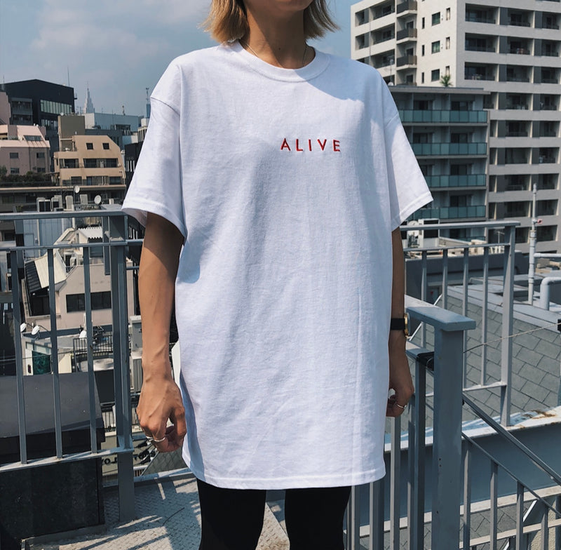 ALIVE LOGO TEE White / Red