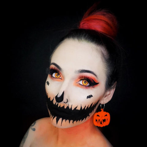 halloween makeup with color lenses