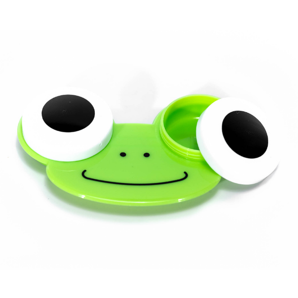 green frog case holder for lenses