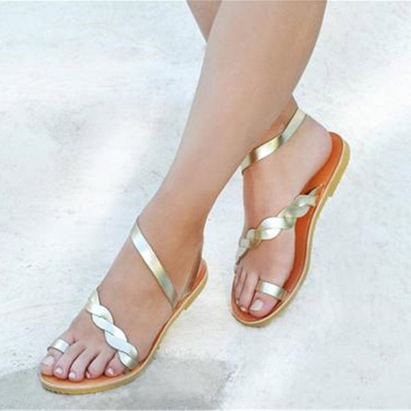 Slip-On Toe Ring Flat With Casual Low-Cut Upper Sandals