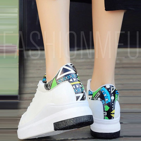 Lace-Up Round Toe Platform Lightweight White Platform Sneakers
