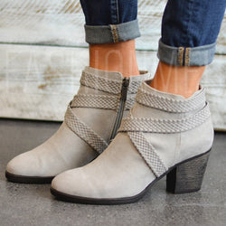 Plain Side Zipper Round Toe Women's Ankle Boots
