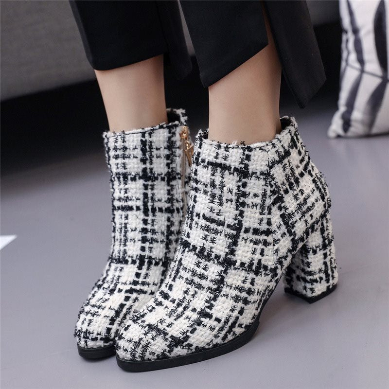 Round Toe Pattern Women's Ankle Boots