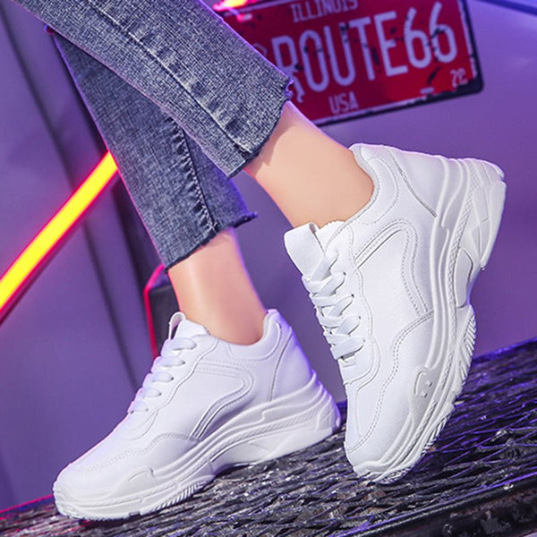 Lace-Up Round Toe Sequin Mid-Cut Upper PU Casual Sneakers