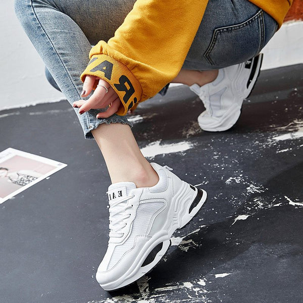 Mid-Cut Upper Round Toe Print Lace-Up Mesh Color Block Sneakers