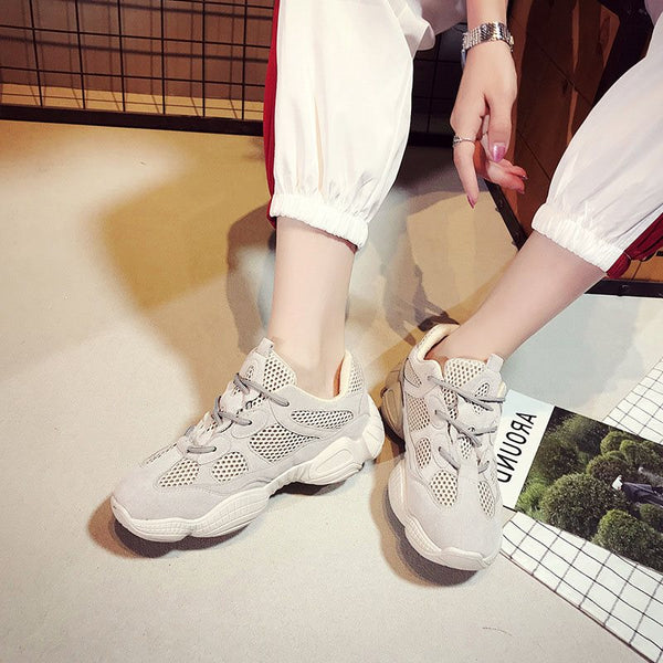 Low-Cut Upper Platform Lace-Up Round Toe PU Plain Sneakers