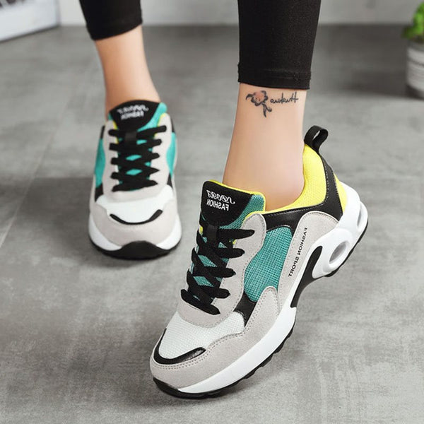 Round Toe Lace-Up Thread Low-Cut Upper Suede Color Block Sneakers