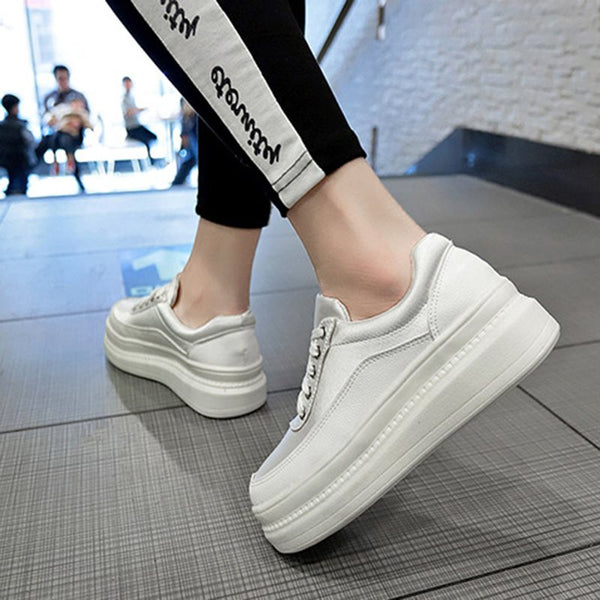 Lace-Up Round Toe Color Block Platform Sneakers