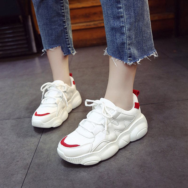 Round Toe Lace-Up Low-Cut Upper PU Patchwork Sneakers
