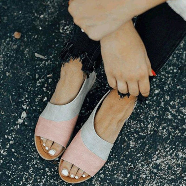 Heel Covering Open Toe Slip-On Flat With Color Block Low-Cut Upper Sandals