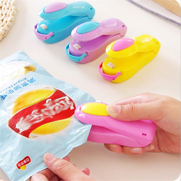Mini Pocket Home Sealing Machine Kitchen Tool Vacuum Bag Cilps Snack Bag Sealer