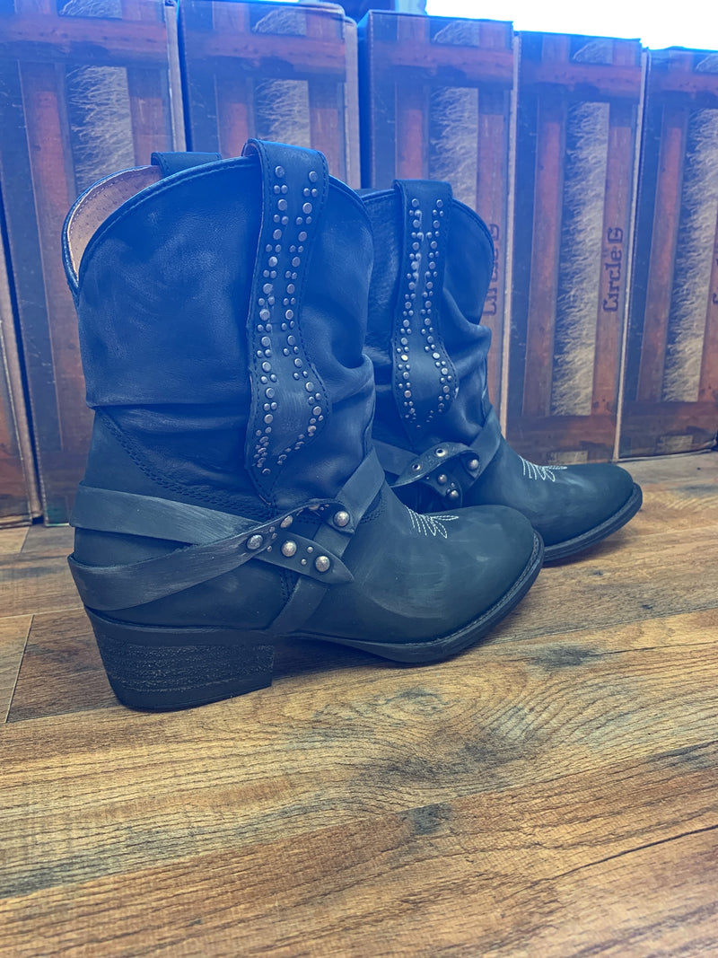 Corral Ladies Black Slouch & Studs Ankle Boots Round Toe Q0173