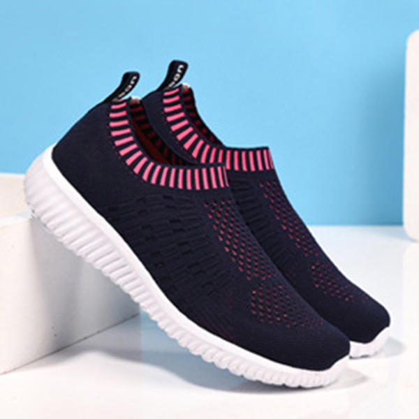 Soft Mesh Sport Running Shoe