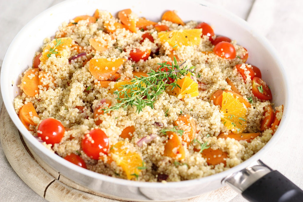 Quinoa with tomatoes and oranges