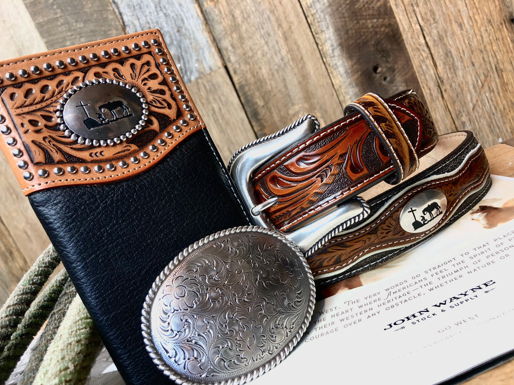Men's Oval swirl buckle