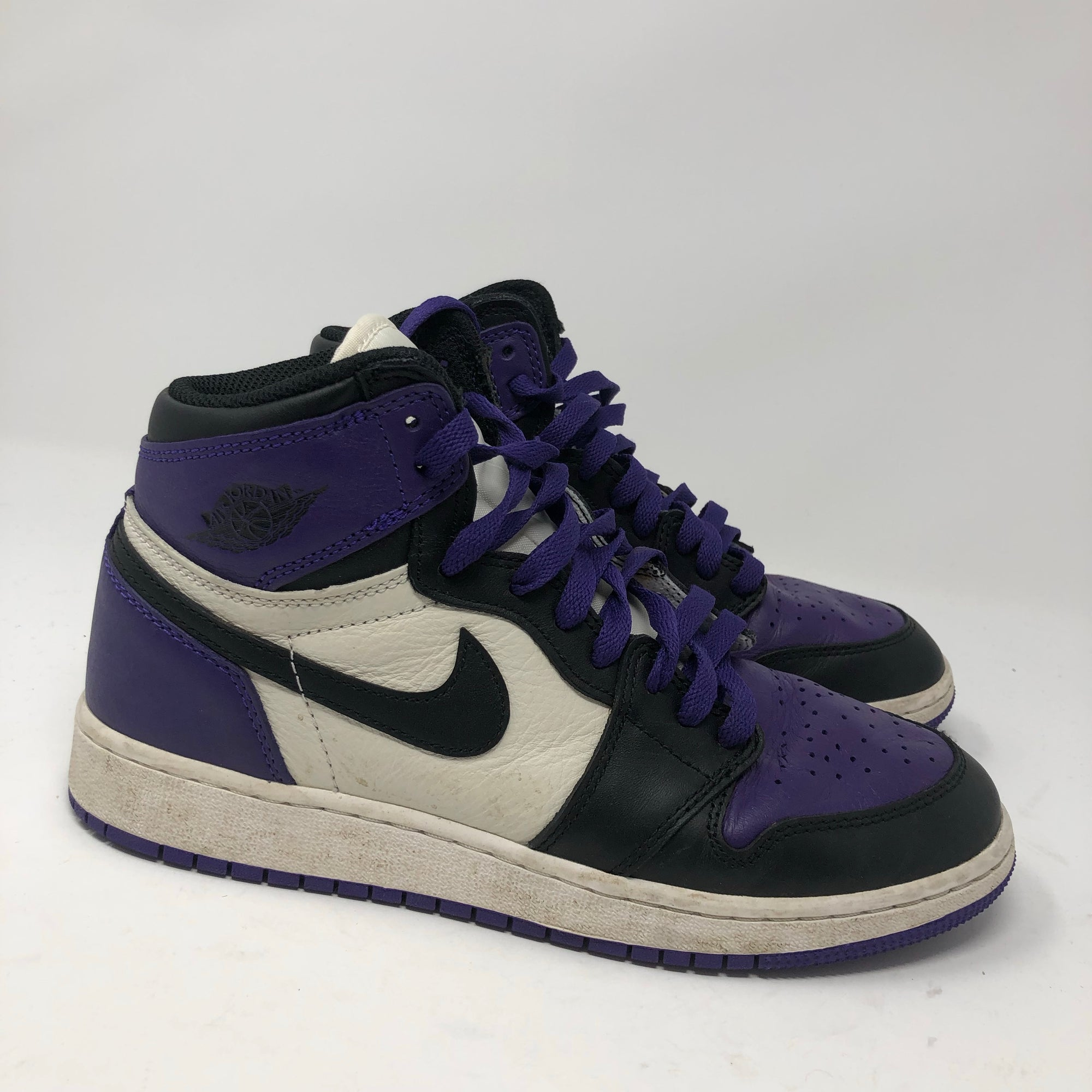"low cost cce58 1519d Air Jordan Retro 1 ""Court Purple"" Pre Owned"