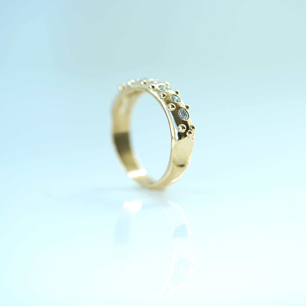 Romanesque Stack Ring with diamonds comfort fit