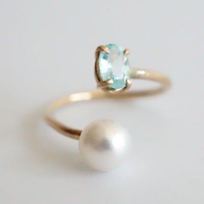 Lines Ring with pearl and Paraiba tourmaline