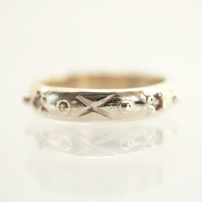 Cross and Dot gold Band