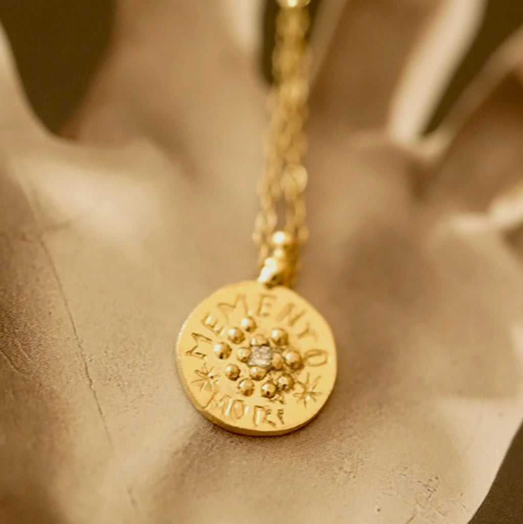 Memento Mori Necklace gold with diamond