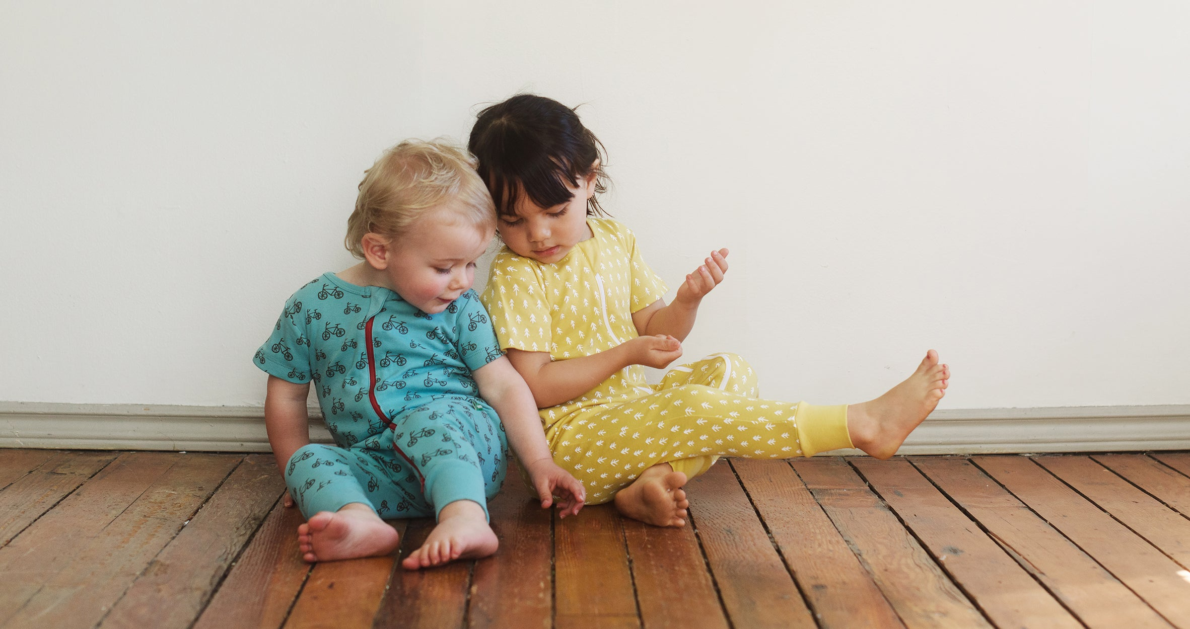 Organic baby zipper rompers